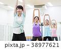 エアロビクス フィットネス エアロビ スポーツジム 女性 エクササイズ 38977621