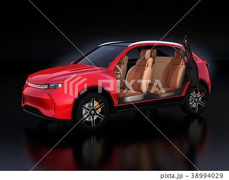 メタリックレッド色の電動SUVのインテリアイメージ 38994029