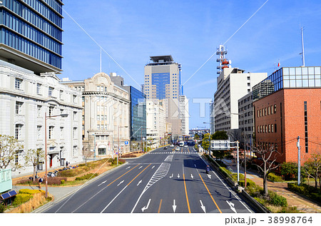 神戸 海岸通り(メリケン波止場前)の風景 38998764