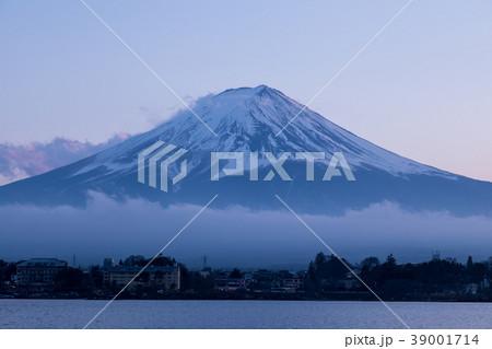 [山梨県] 富士山 河口湖 夕焼け マジックアワー 39001714