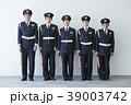 働く警備員 39003742