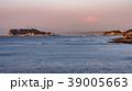 朝の江の島と富士山 39005663
