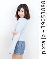 女性 若い セーターの写真 39053888
