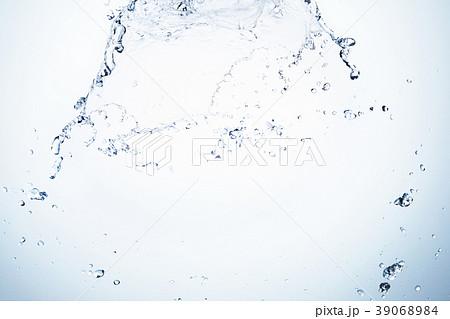 水 落下 スタジオ撮影 39068984
