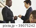 グローバルビジネス 名刺交換 39075242