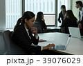 女性 外国人 ビジネスウーマンの写真 39076029