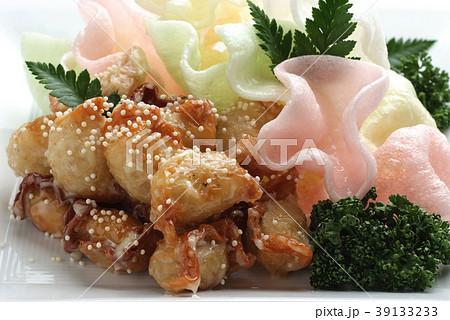 食べ物 料理 点心 中華 中華料理 揚げ物 包み揚げ 中国料理   39133233