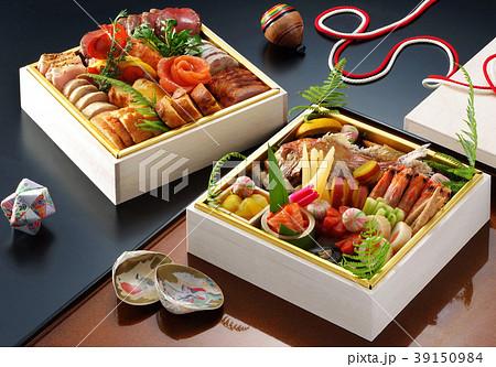 食べ物 料理 お重 こま お正月 正月料理 おせち料理 日本料理 伝統料理 和 元旦 貝合わせ  39150984