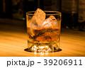 ウイスキー 洋酒 酒の写真 39206911