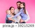 ファミリー 家庭 家族の写真 39215269