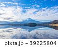 富士山 逆さ富士 河口湖の写真 39225804