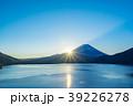 【山梨県】本栖湖 39226278