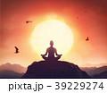 ヨガ 女性 瞑想の写真 39229274