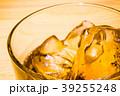 ウイスキー 洋酒 ロックの写真 39255248