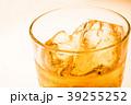 ウイスキー 洋酒 ロックの写真 39255252