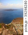 サントリーニ島-ロープウェイ03- 39298280