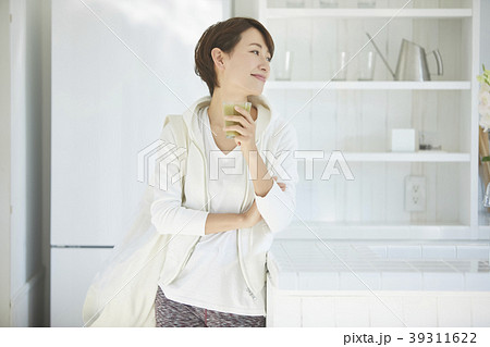健康的な女性 39311622