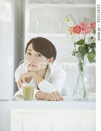 健康的な女性 39311633