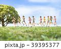 女性ランナー 39395377