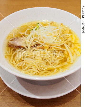 鶏絲湯麺 (チースータンメン) 39395478