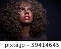 ポートレート ひとり 女性の写真 39414645