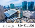 大阪駅とグランフロント大阪 39451159