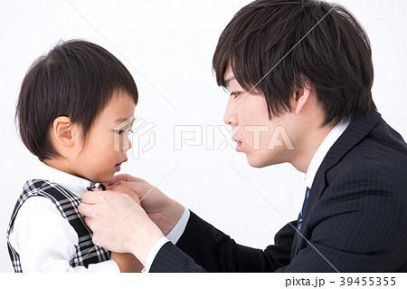 父と子 入園式 39455355