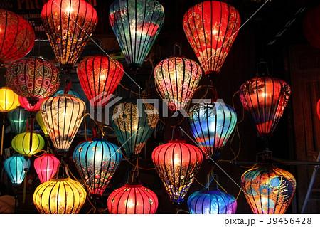ランタン祭り ホイアン ベトナム 39456428