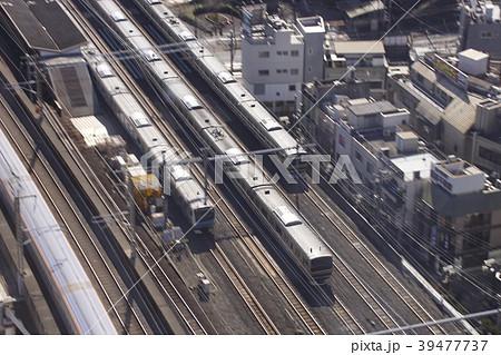 並走する湘南新宿ライン・上野東京ラインと京浜東北線 39477737