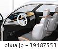 ヘッドアップディスプレイがある電動SUVのダッシュボードのイメージ 39487553