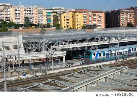 イタリア 駅 電車 Italy station train 39518006