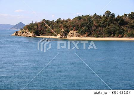 直島諸島の無人島「葛島」の写真...