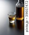 ウイスキー スコッチ バーボンの写真 39607472