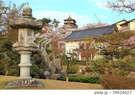丸岡城 (霞ヶ城)と丸岡歴史民俗資料館 39626027