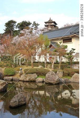 丸岡城 (霞ヶ城)と丸岡歴史民俗資料館 39626028