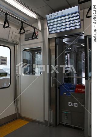 上越線E129系(電車内・ワンマン運転) 39691294
