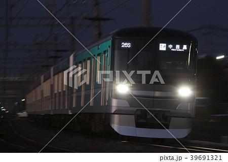 [H]東京メトロ日比谷線13000系(流し撮り) 39691321