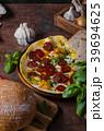 オムレツ サラミ サラミソーセージの写真 39694625