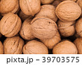 Walnuts background texture  39703575