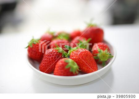 美味しそうなイチゴ イメージ 39805930