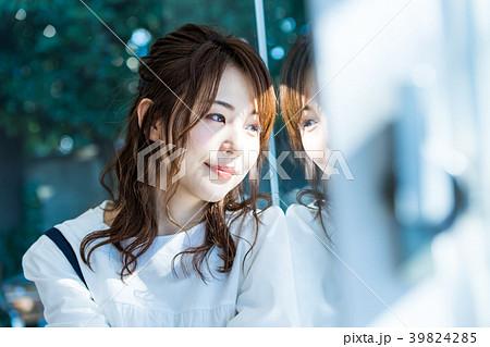 若い女性、ポートレート、休日、リラックス 39824285
