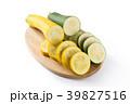 黄色と緑のズッキーニ 39827516