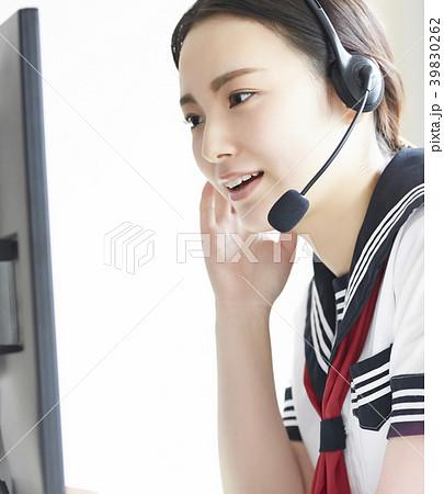 女子高生 アルバイト 39830262