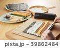 巻き寿司 調理シーン シーンの写真 39862484