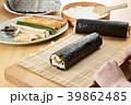 巻き寿司 調理シーン シーンの写真 39862485
