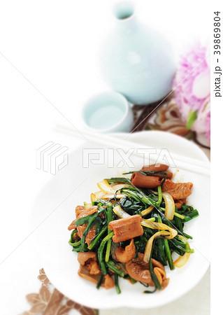 豚の腸のホルモンとニラの中華炒め 39869804