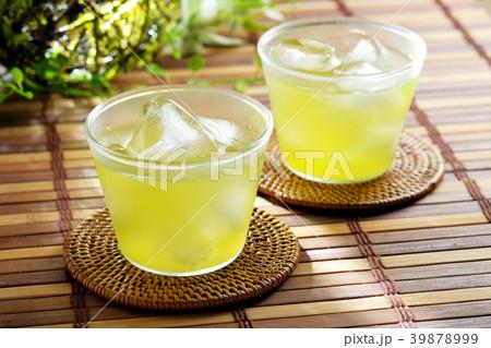 冷たい緑茶 39878999
