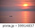 日本海 海 漁船の写真 39914837