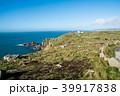 イギリス郊外の岬と青空の下に広がる水平線 39917838