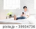 スマートフォン 男性 若いの写真 39934736
